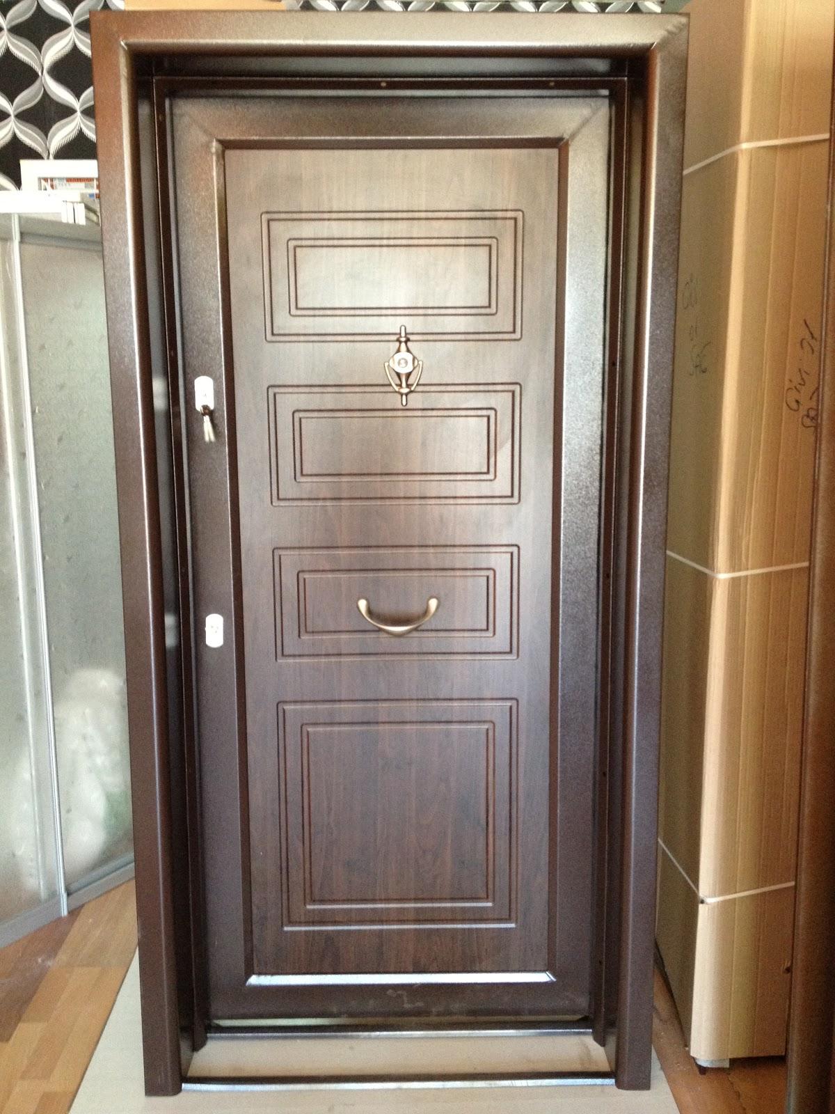 Çelik Kapı Nasıl Temizlenir