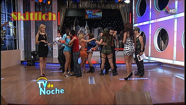 Erika Canseco Edecan Del CMLL Y Bailarina De Tv De Noche     Qlote Y