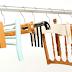 Cabides feitos com cadeiras