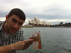 Jairo Varela Balsa (alumno) desde el Opera House en Sydney-Australia (10/11/11)