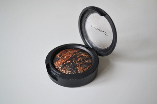 mac-gilt-by-association-eyeshadow