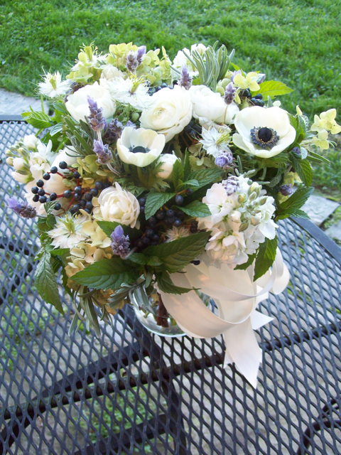herb bouquet mint, thyme, rosemary, basil, nigella, love in a mist, lavender, privet berry, wild, textured bride, misty farms wedding, ann arbor michigan, sweet pea floral design, holly rutt
