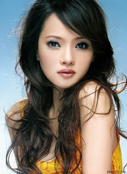Ruby lin lahir di lahir di taichung taiwan 27 januari 1976 adalah