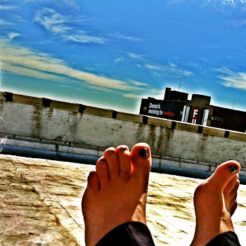 Bare Feet & Sunshine