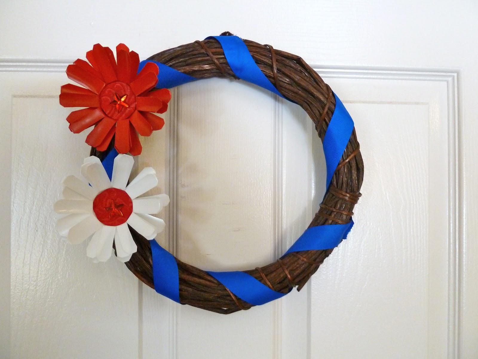Make it easy crafts: Patriotic K-Cup Flower Wreath