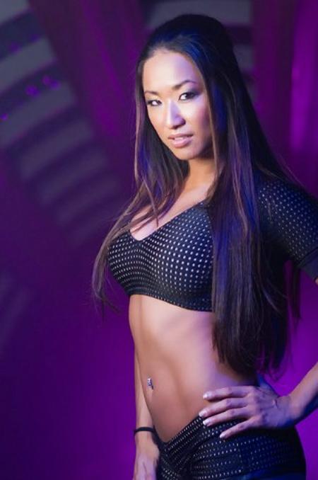 Gail Kim 2009 Wrestling Super...