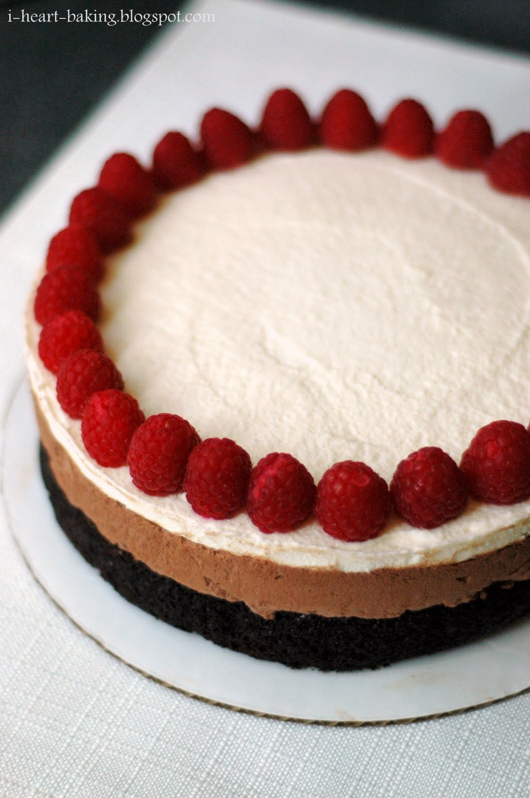 Cake With Chocolate Mousse : Triple-Chocolate Mousse Cake Recipes   Dishmaps
