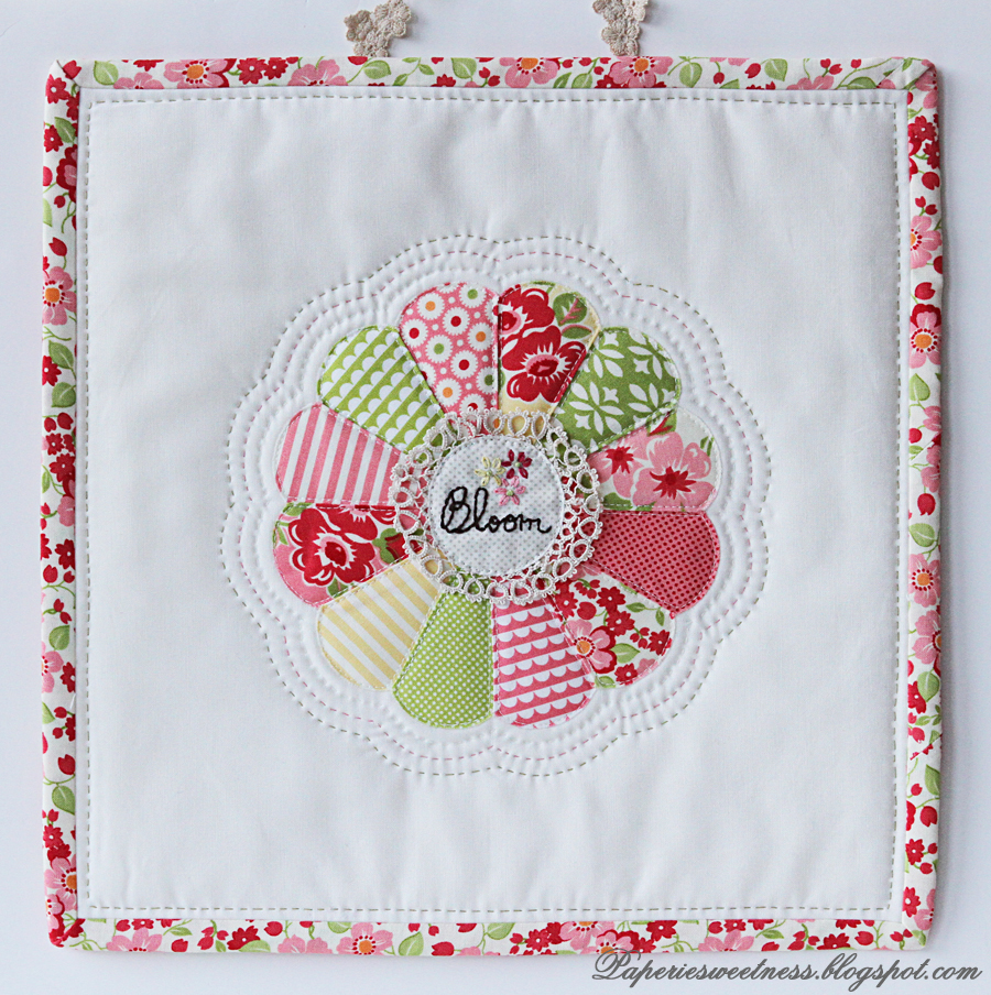 Die Cutting Fabric Mini Wall Hanging Quilt Sizzix Blog The