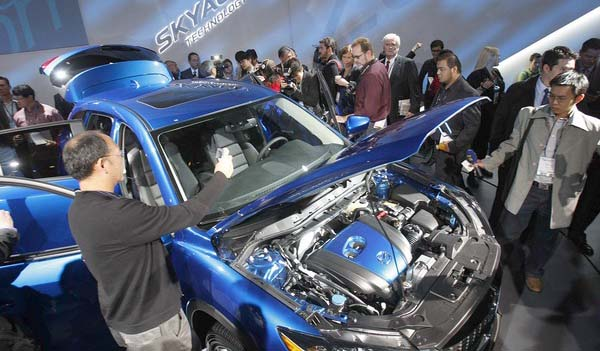 Mazda CX-5 Crossover debut in LA Auto Show