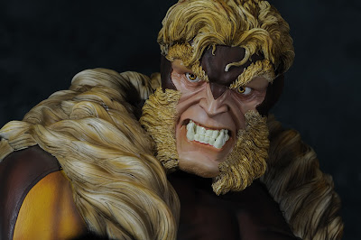 Sabretooth Statue Picture