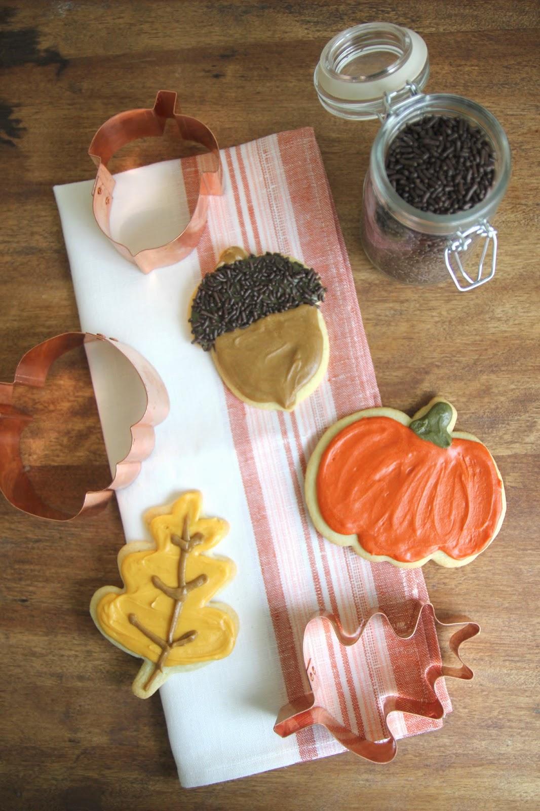 Jenny Steffens Hobick: Acorns & Pumpkins | Autumn Sugar Cookies ...