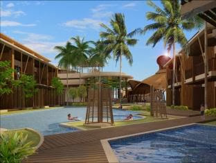 Prana Resort & Spa, pool