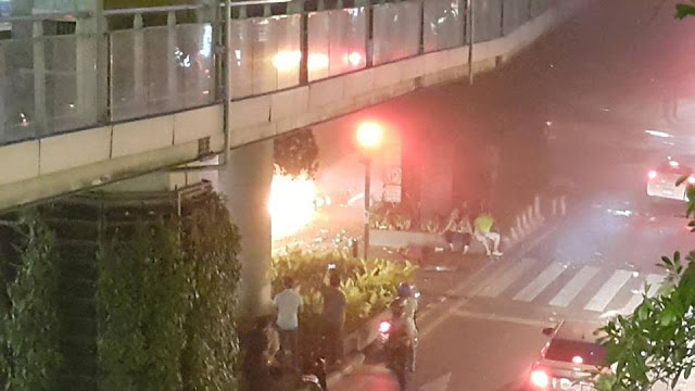 Breaking News: Bomb blast near Central World Bangkok - many dead