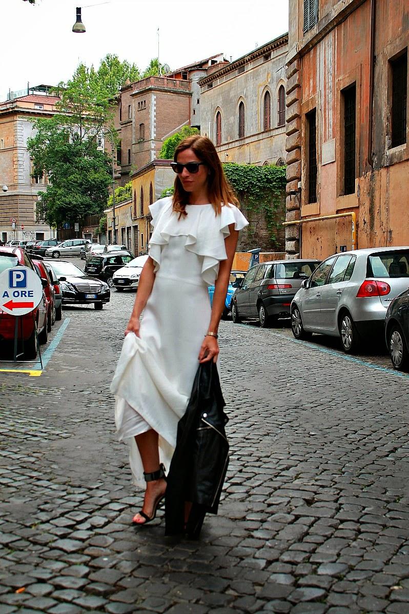 Vestido blanco y negro uterque