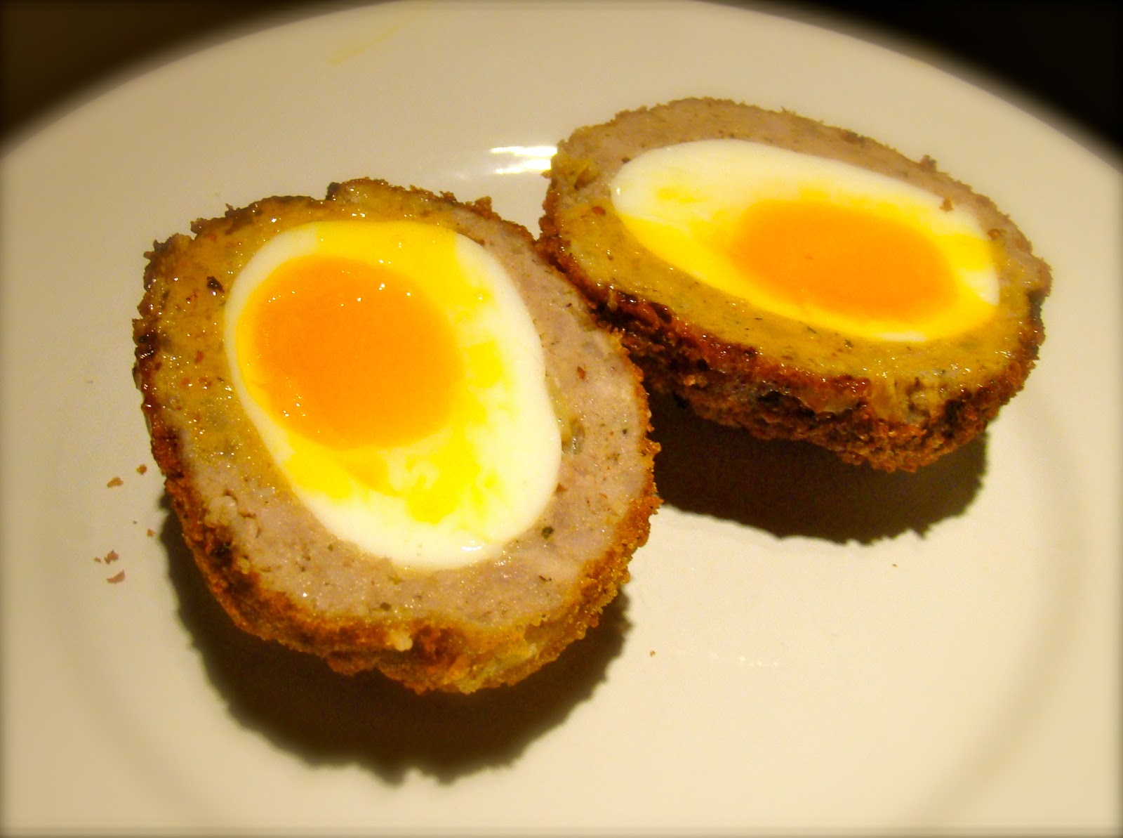 Recipe : Primrose Hill Scotch Eggs - Les Greedy Cochons