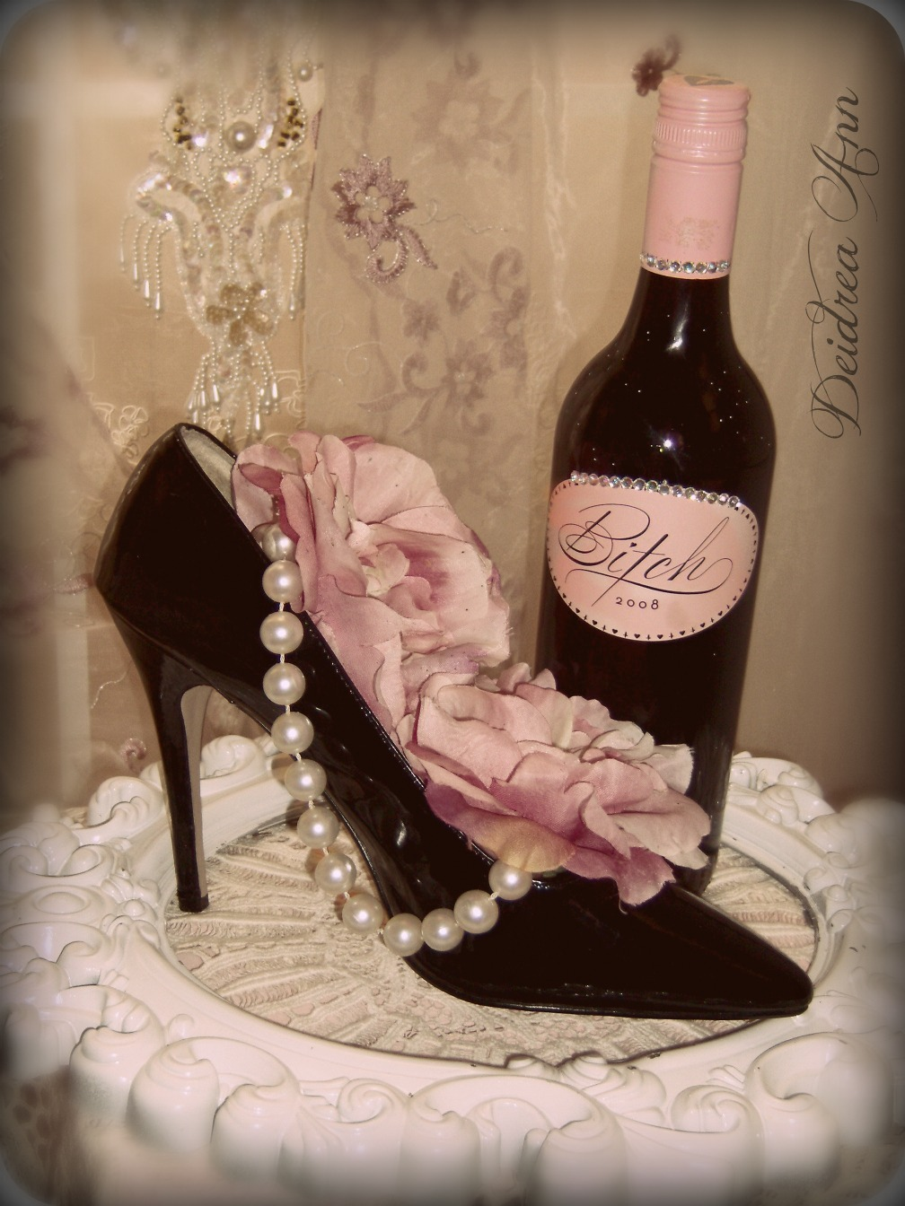 creative hoarder repurposed high heel wine holder