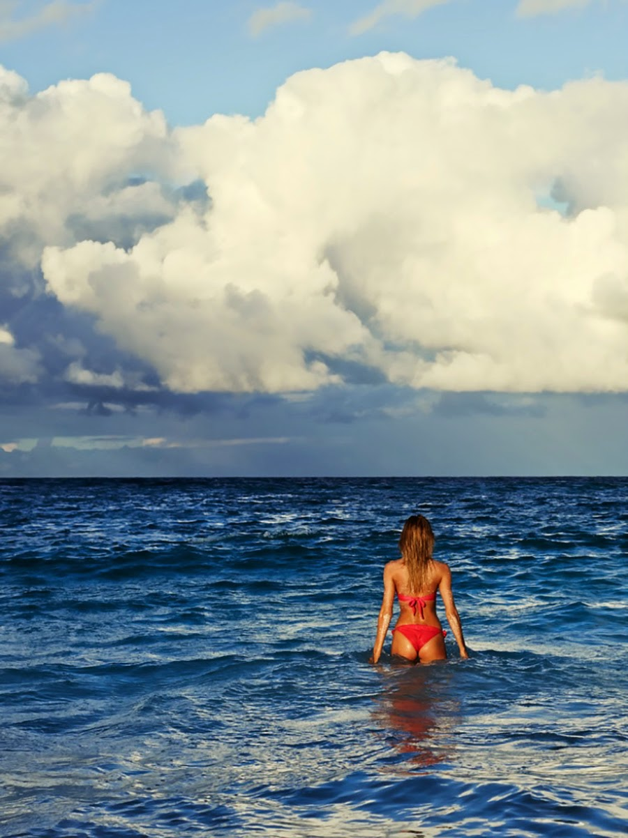 Candice-Swanepoel-Paola-Murray-Swimwear-6.jpg