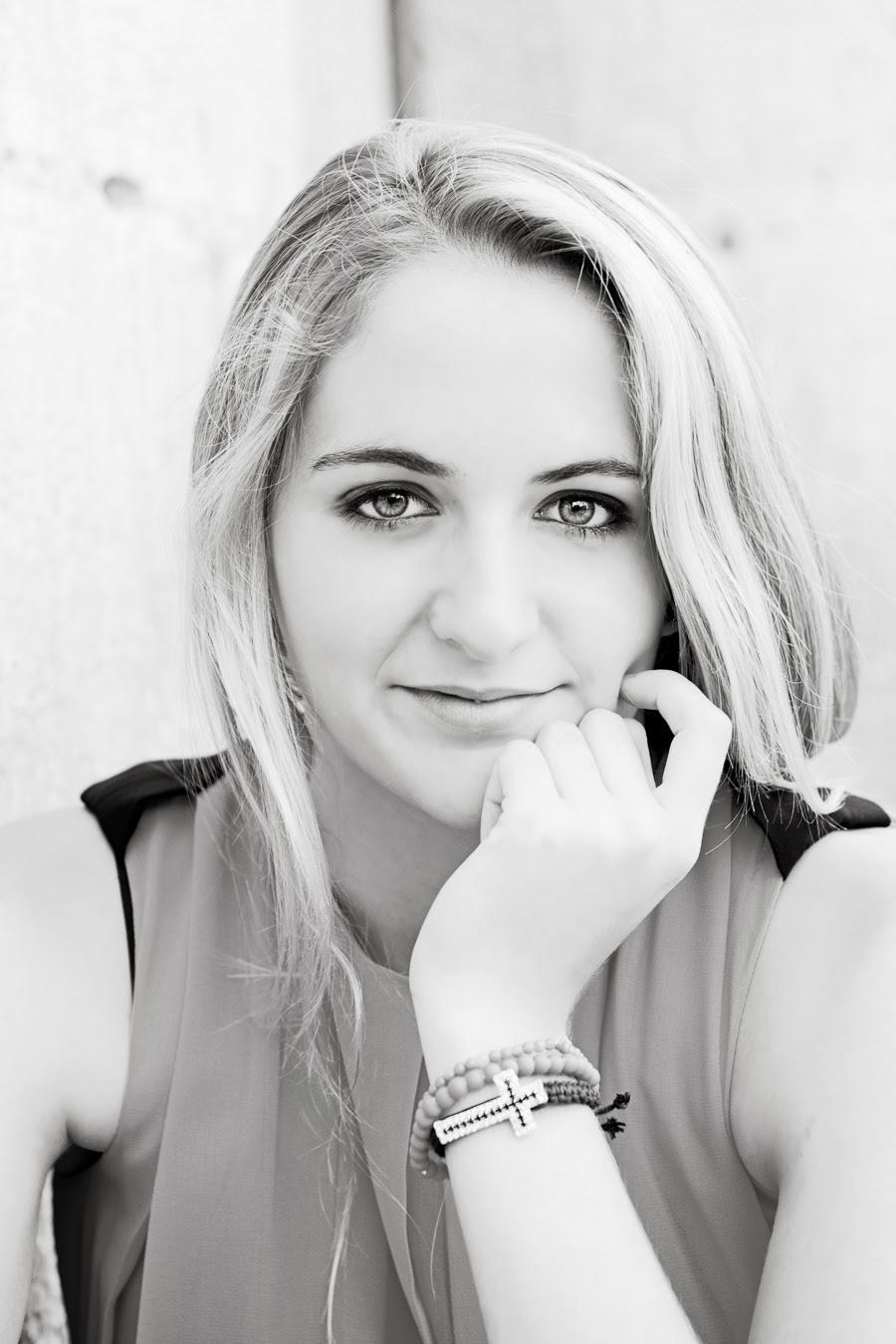 El Diván Azul: 5 trucos para mejorar tu fotografía de retrato; mirada