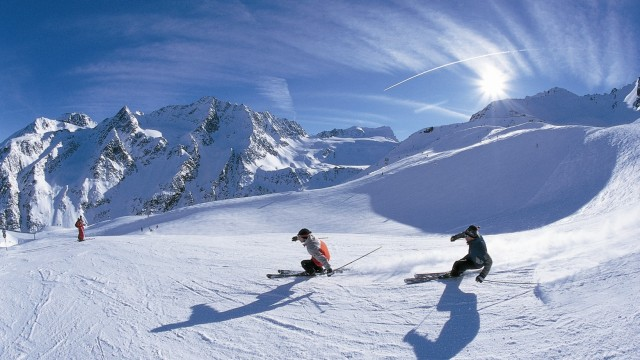 Cortina dAmpezzo, Dolomiti, Italia Cortina - www.jurukunci.net