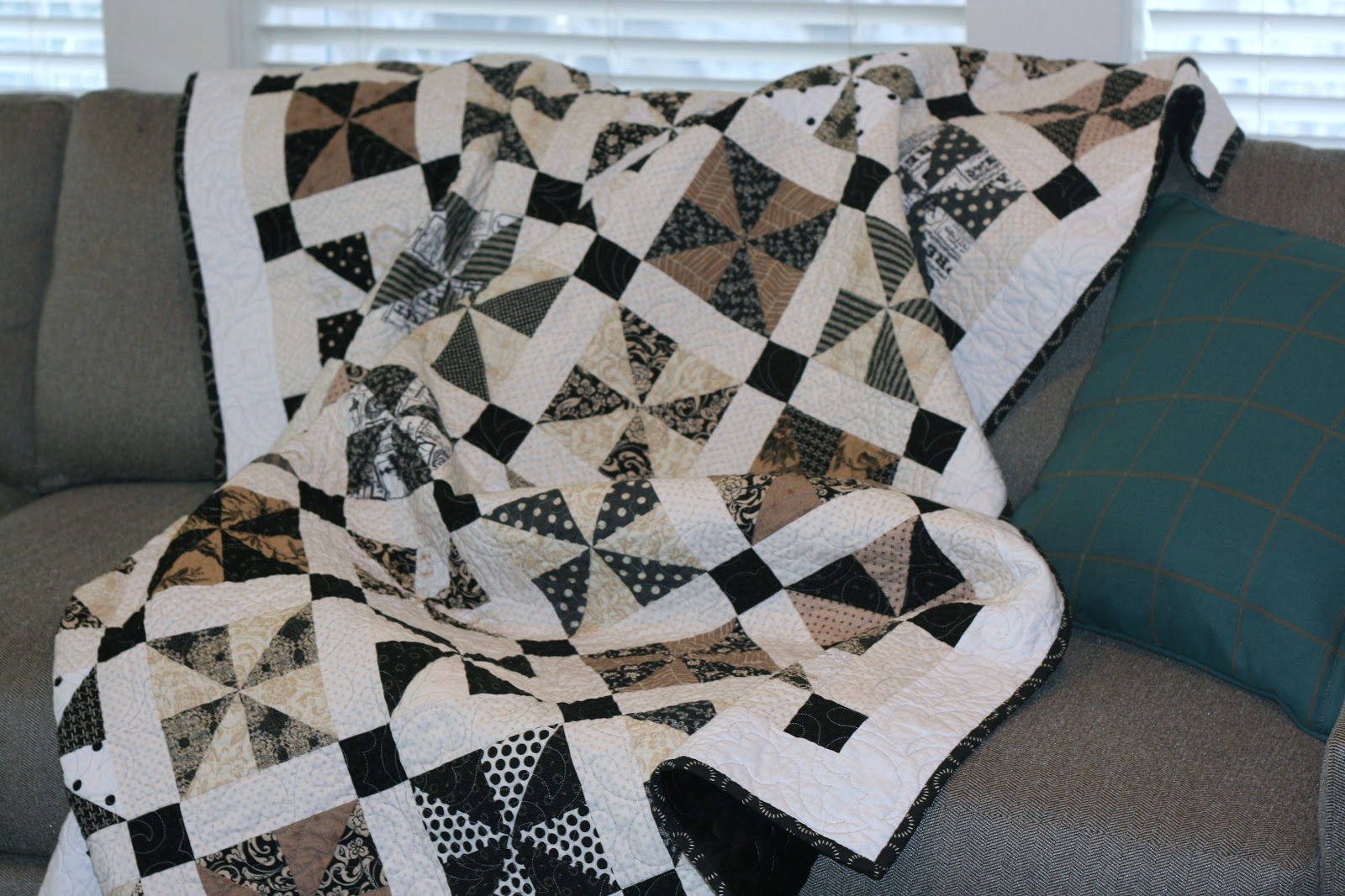 Gigis Thimble Norma Jeane Quilt Finished