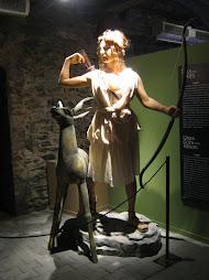 Αγάλματα από την έκθεση: «ΘΕΟΙ ΚΑΙ ΗΡΩΕς ΤΗς  ΕΛΛΗΝΙΚΗς ΜΥΘΟΛΟΓΙΑς».