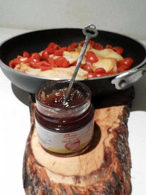 persico con pomodorini in salsa di cipolle