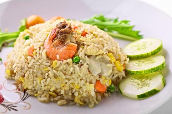 Resep Membuat Nasi Goreng Cina, Mudah dan Lezat