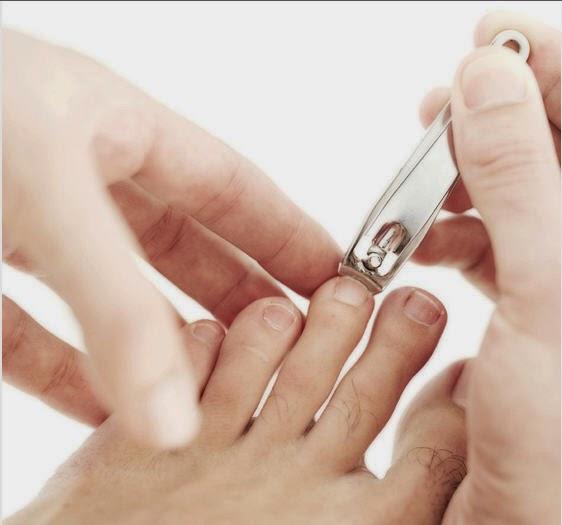 Cutting Nails Feet