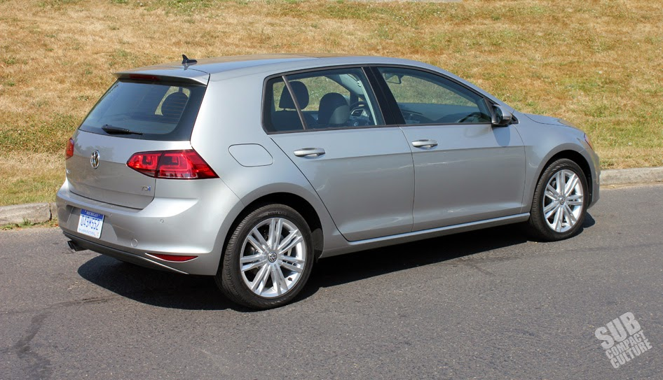 2015 Volkswagen Golf TDI rear
