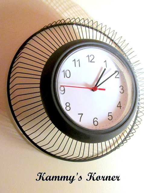 Make an industrial clock out of fan! Genius and cool idea by Kammy's Korner, featured on http://www.ilovethatjunk.com