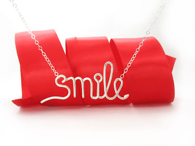 "Necklace in argentium sterling silver wire ""smile"""
