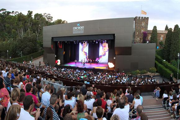Viajar a barcelona festival de cap roig 2015 for Jardines cap roig