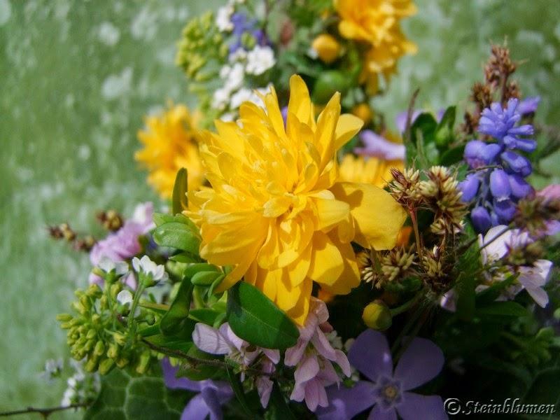 Frühlingsblumen Strauß