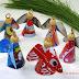 Anjos de Natal feitos com lata de refrigerante! Ótima atividade de Natal e dica de reciclagem!