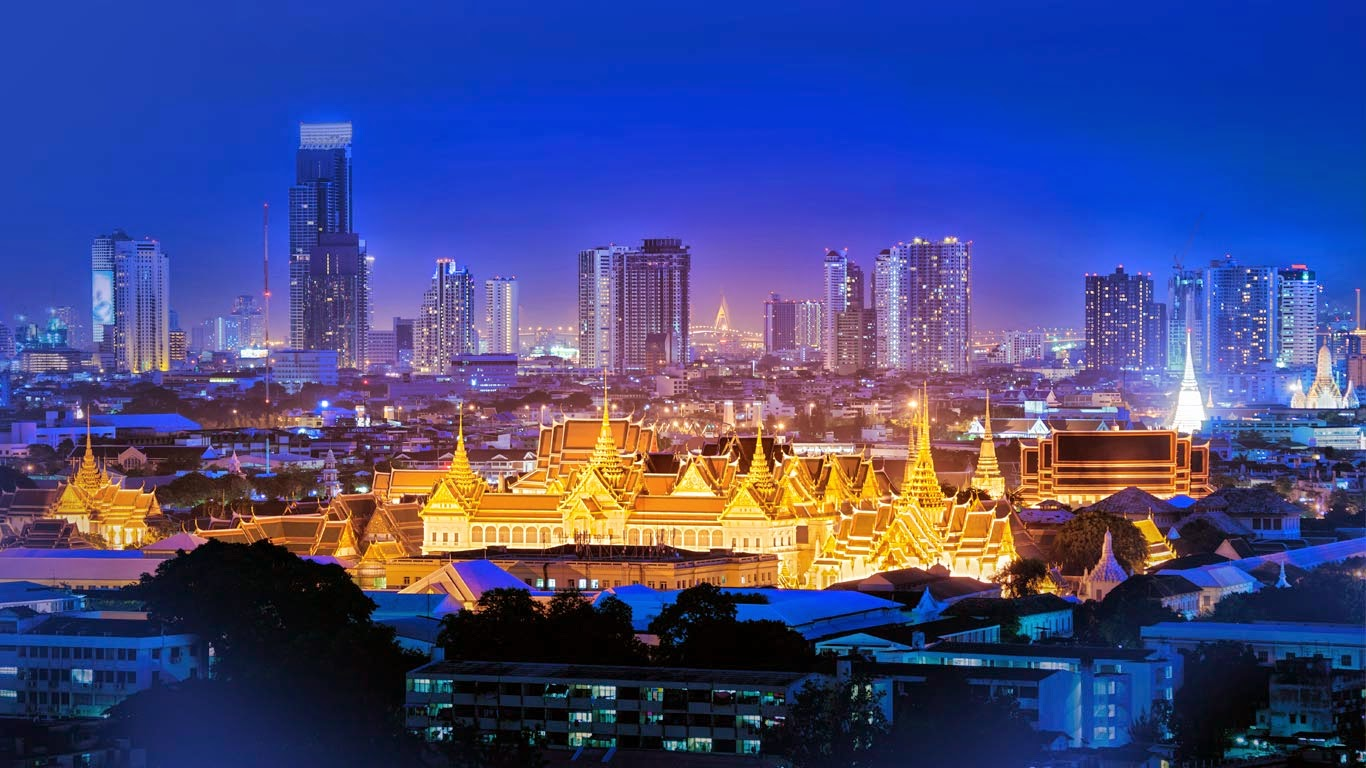 The Grand Palace, Bangkok, Thailand (© Amarate Tansawet Gift of Light/Getty Images) 266