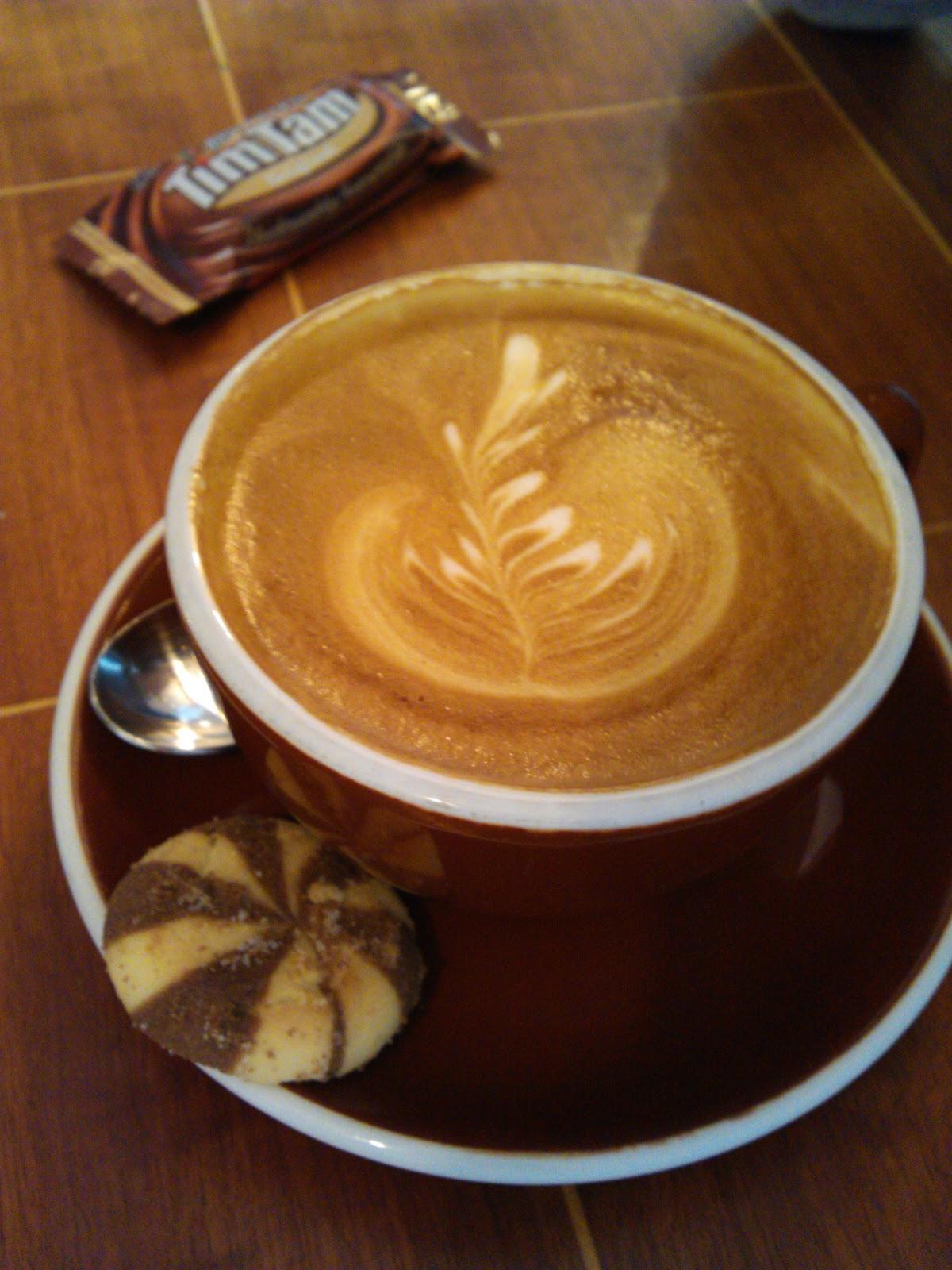 wird espresso mit milch getrunken