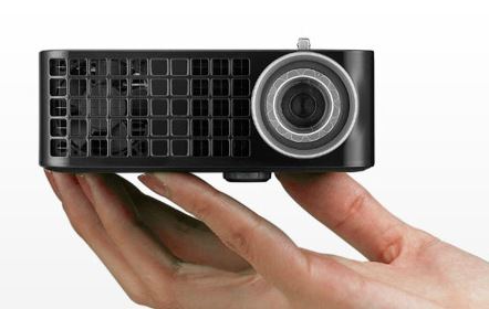 http://2.bp.blogspot.com/-lmuQ3yQjeSQ/TruN9BdUO9I/AAAAAAAAAL0/LRPWBNhBCXY/s1600/Dell-M110-Ultra-Mobile-Projector-2.jpg