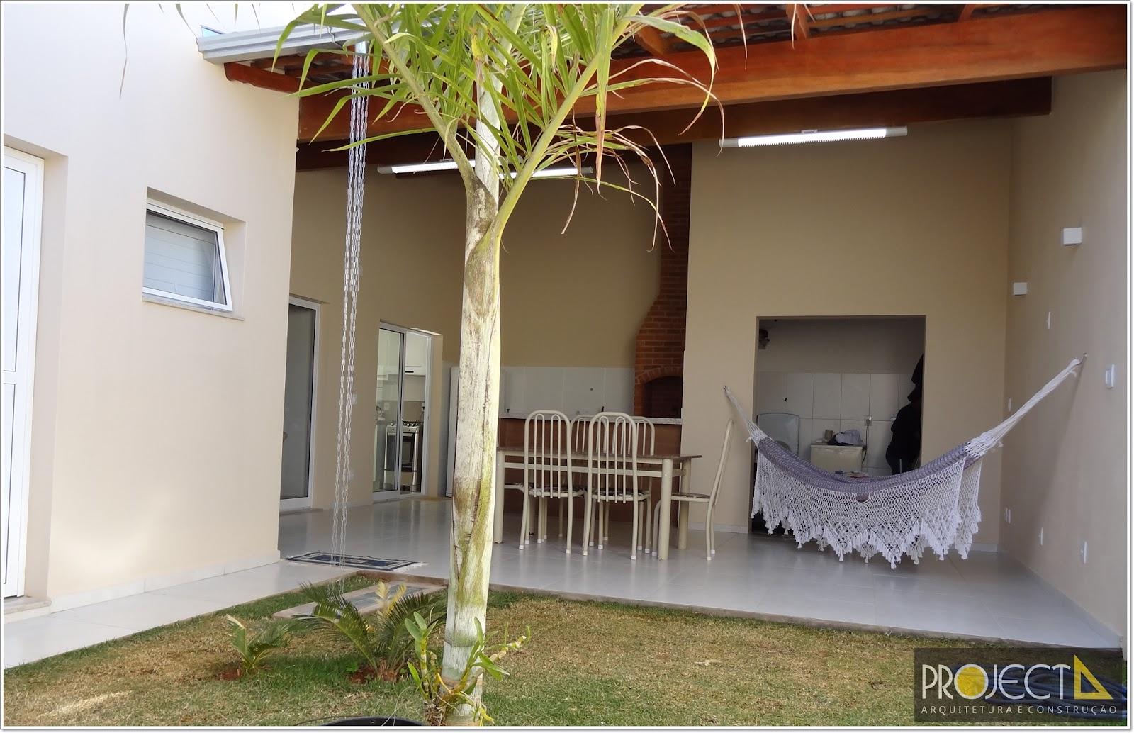 Projecta Arquitetura e Construção: Residência em Araxá MG #9F742C 1600 1034
