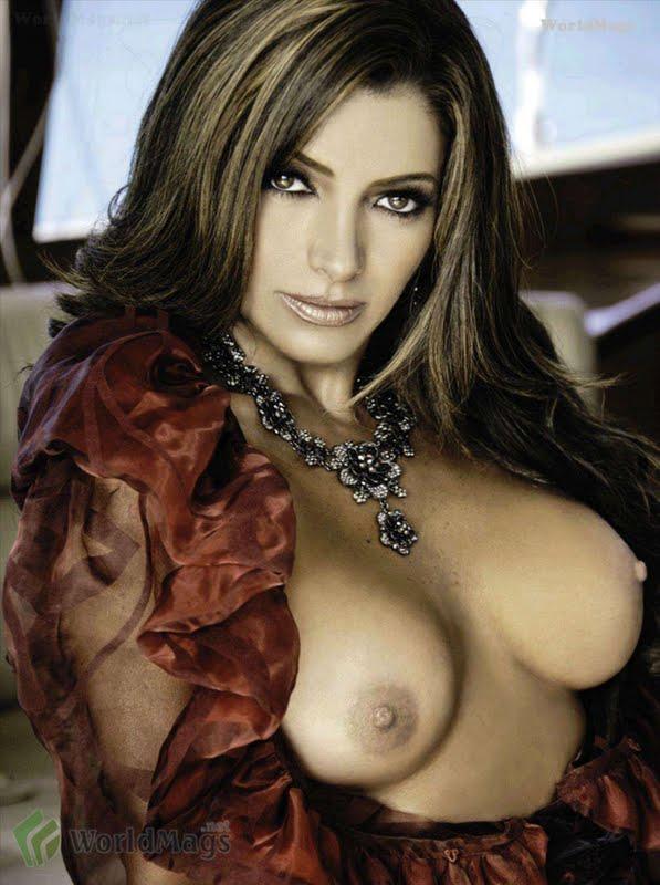 selena gomez naked and humping