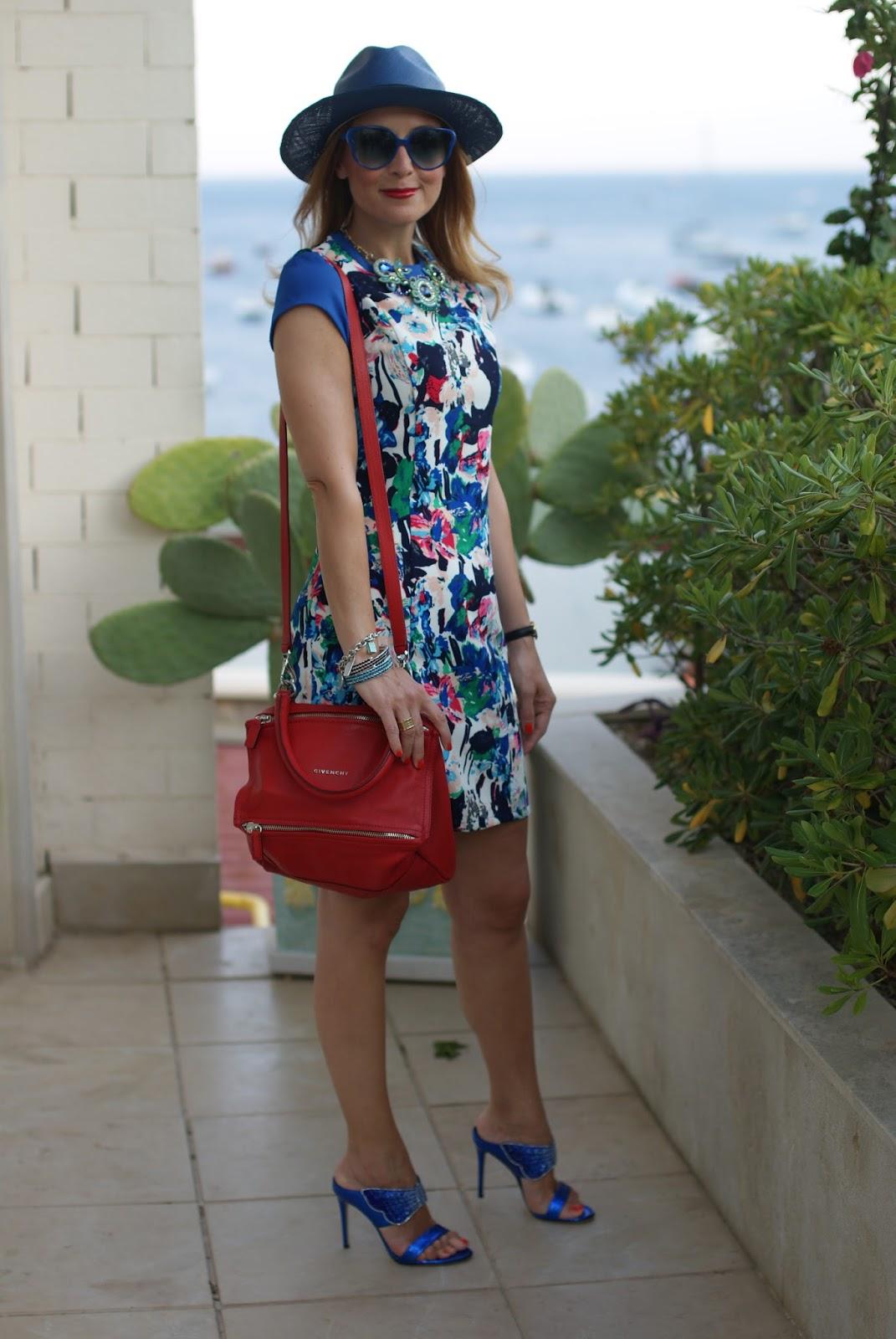 Mismash Ela dress and Le Silla crystal sandals on Fashion and Cookies fashion blog