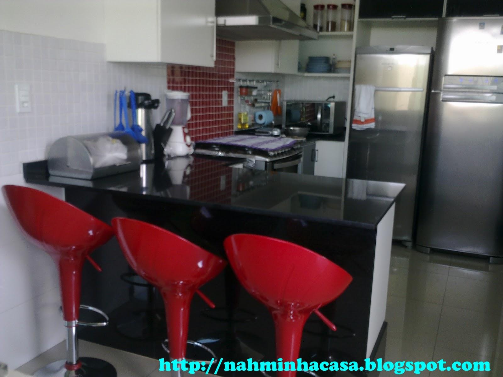 #09C2C2 Nah Minha Casa: MINHAS BANQUETAS VERMELHAS DA COZINHA 1600x1200 px Banquetas Para Cozinha Americana Vermelha_2869 Imagens