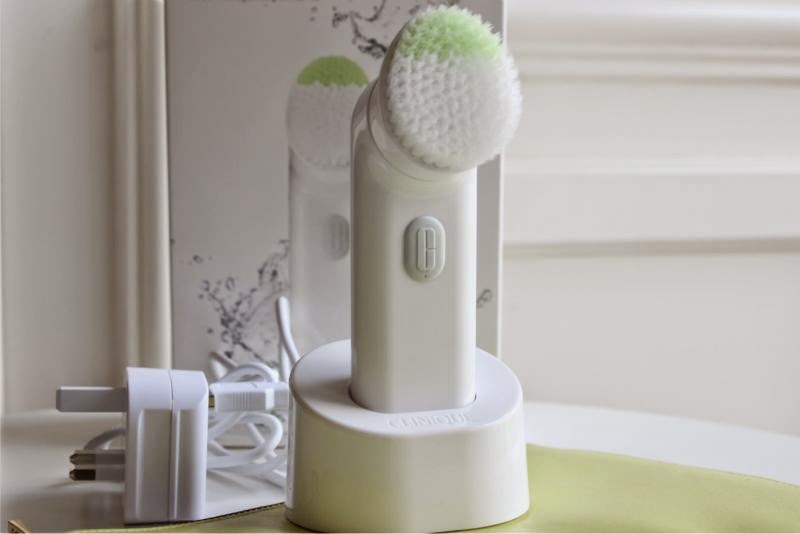 The New Clinique Sonic System Purifying Cleansing Brush