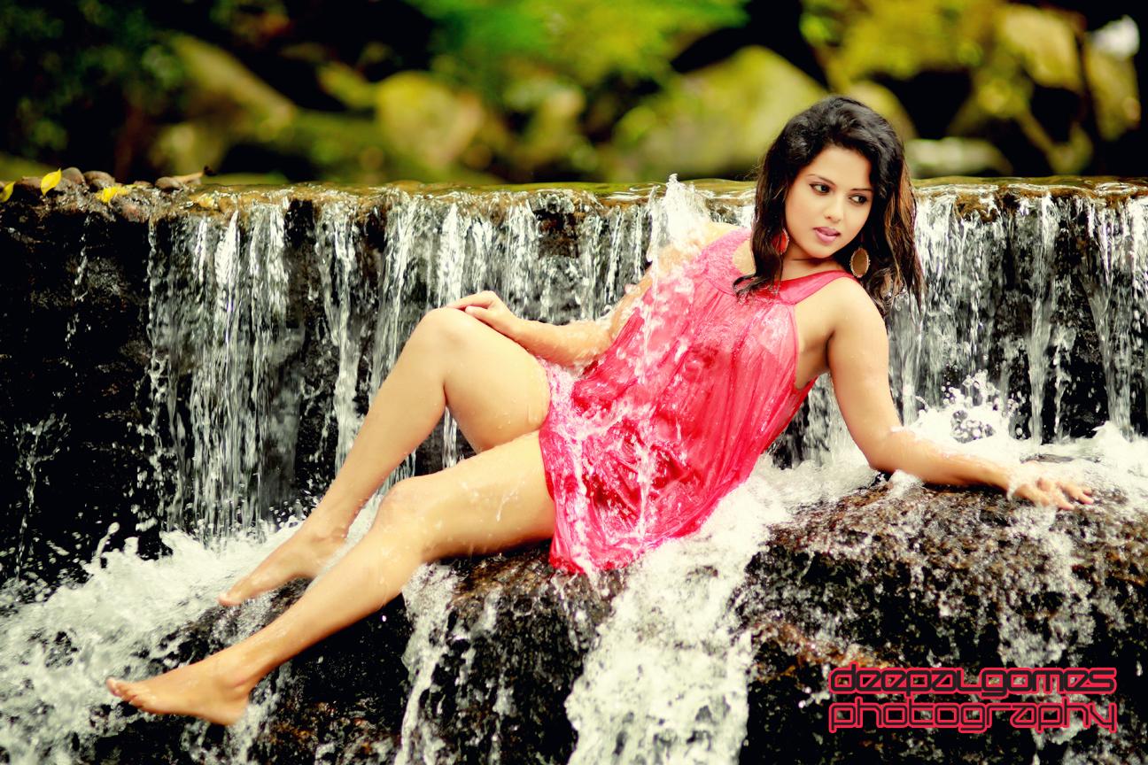 Sri Lankan hot models photo gallery Nuwangi Bandara hot