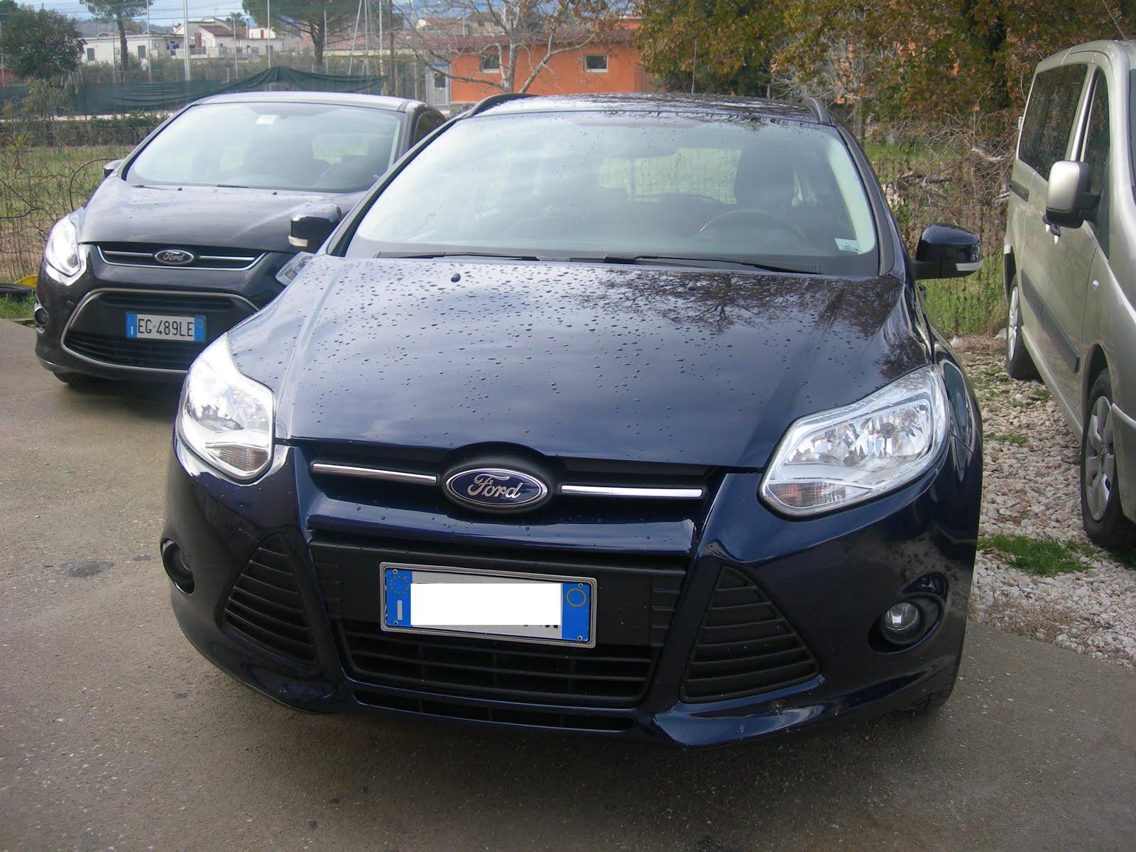 FORD FOCUS 1.6 Tdci 95 CV IMMATRICOLAZIONE 2012 90.000 KM ACCESS: FULLOPTIONAL PREZZO 8.500,00 EURO