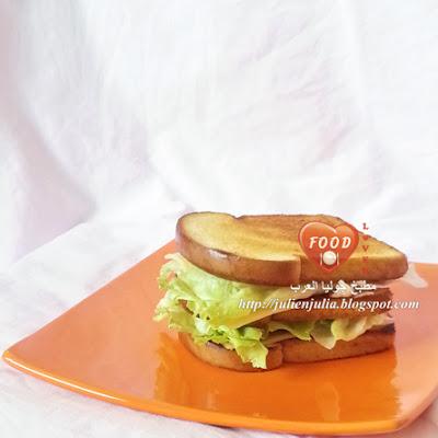 Simple Grilled Cheese Sandwich ساندويتش الجبن المحمص بالزبد