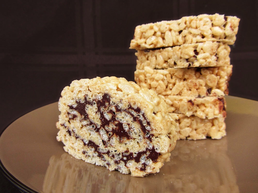 chocolate peanut butter rice krispie roll