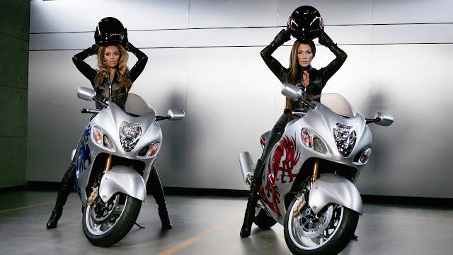 Beyonce y Jennifer Lopez Motocicletas