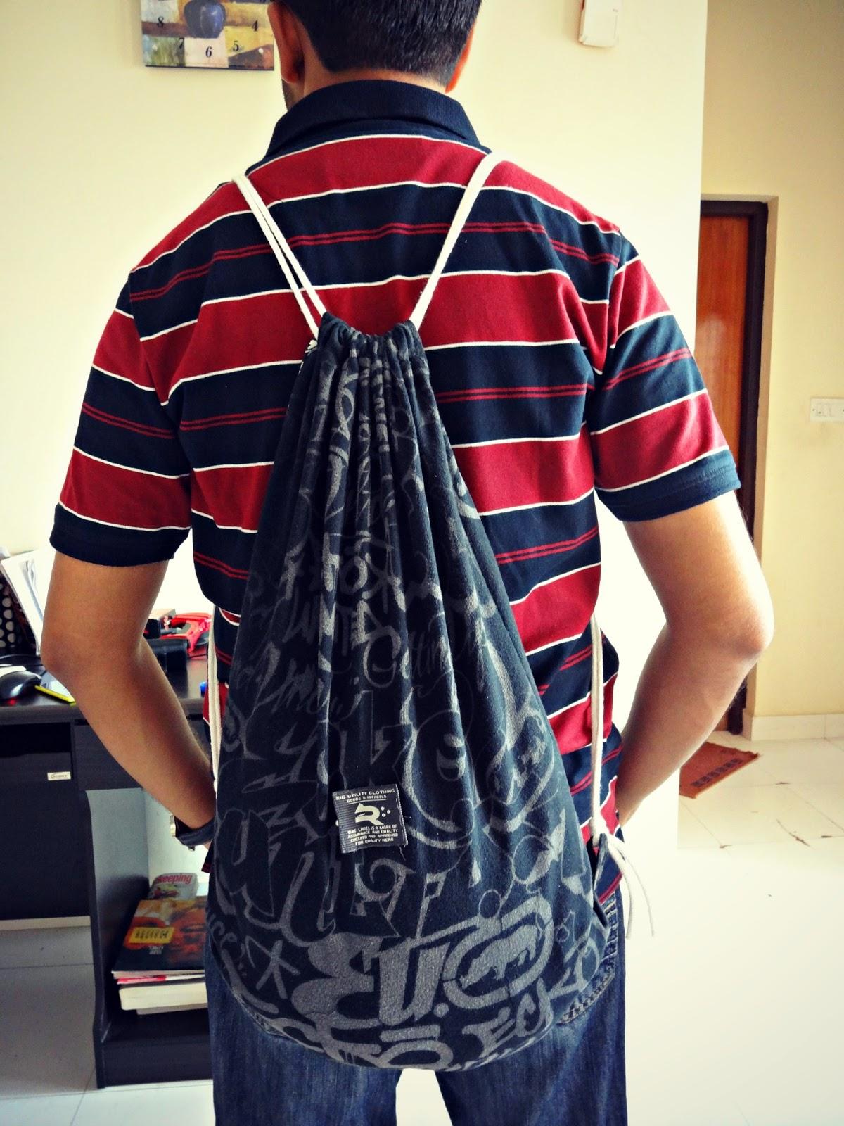 Tshirt Gym Bag