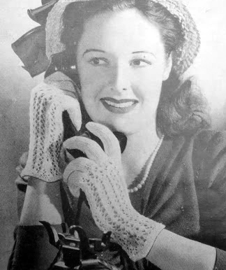 The Vintage Pattern Files: Free 1940's Knitting & Crocheting Pattern - Womens Lacy Gloves