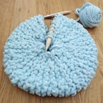 Small round knitted pillow pattern
